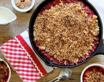 GF/Sugar Free Plum & Coconut Crumble (ps it tastes good)
